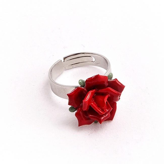 Alege un inel de argint din magazinul online Ariki