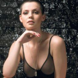 """Videoclipul """"Peace"""" al celor de la Depeche Mode a fost filmat in Romania"""
