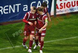 Rapid umileste Steaua cu 5-1. Gigi Becali a plecat inainte de pauza de la stadion
