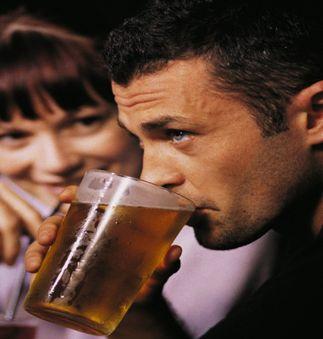 Romania, pe locul al doilea in UE in privinta consumului de alcool