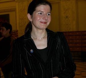 Monica Iacob-Ridzi a nascut prin cezariana la Viena