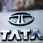 Indienii de la Tata Motors au lansat cea mai ieftina masina din lume