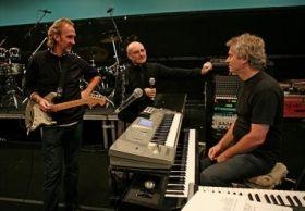 Trupa Genesis relanseaza mai multe albume