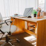 5 moduri de a-ti infrumuseta biroul, cu un buget mic