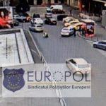 VIDEO Europol: Poliţist lovit cu maşina de un şofer ce fusese atenționat că staționa neregulamentar, în zona Gării de Nord – Esential