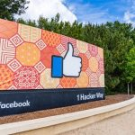 """Administrația Trump dă în judecată Facebook pentru că a """"discriminat"""" americanii la angajări – International"""