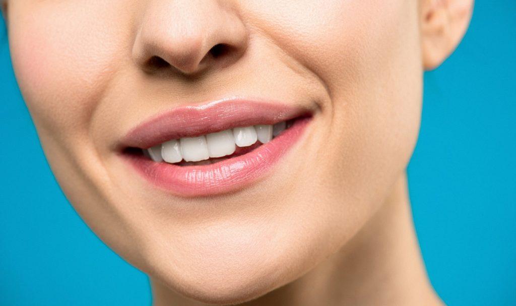 3 concepții greșite despre procesul de albire profesională a dinților 2